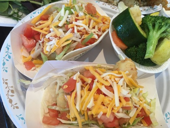 Cooke's Seafood: fish tacos