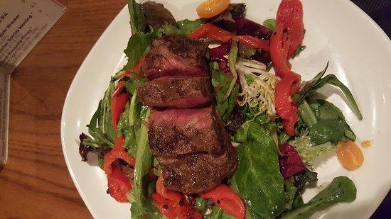 Columbia, MD: Crab cake... woo hoo steak salad, salmon dinner.