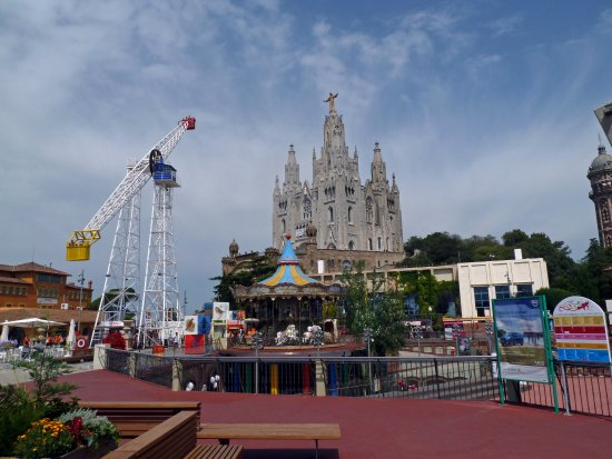 tibidabo kostel photo de tibidabo amusement park barcelone tripadvisor. Black Bedroom Furniture Sets. Home Design Ideas