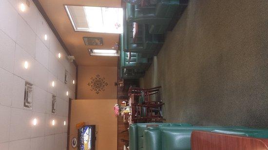 Glendora, CA: Kara's Korner