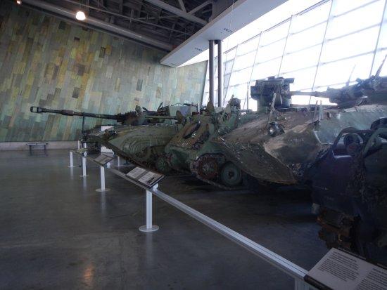Ottawa, Kanada: Lots of tanks