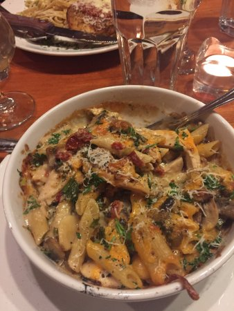 Frankie Pestos Italian eatery: photo0.jpg