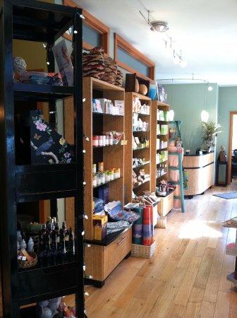 Spa Manzanita: The spa shop!