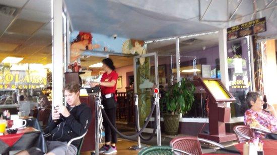 Chocolada Bakery & Cafe: photo0.jpg