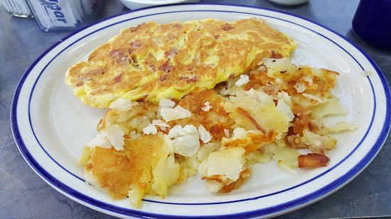 Adrian, MI: Omelet at Papa's Coney Island