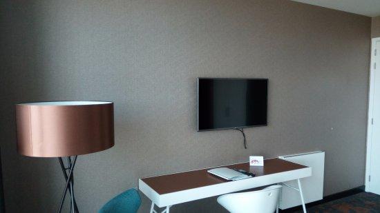 Comfort kamer bureau tv fotograf a de van der valk hotel veenendaal veenendaal tripadvisor - Kamer van bian ...
