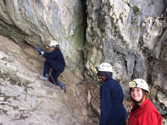 Canmore Cave Tours: Climbing up to the cave