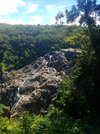 Kuranda, Australia: View of the falls from a stop on the Skyrail