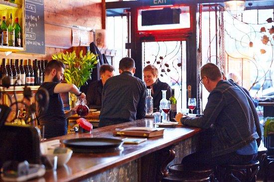 Hawthorn, Australia: Bar