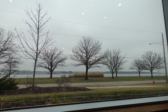 Moline, IL: photo3.jpg
