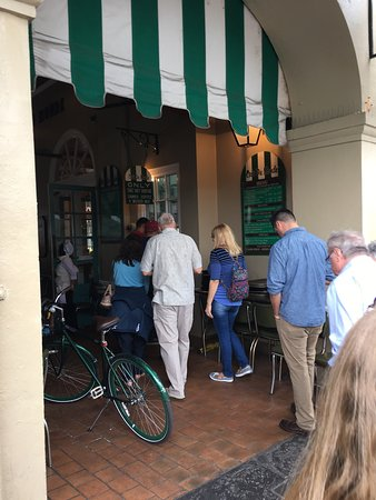 Photo of Coffee Shop Cafe du Monde at 800 Decatur St, New Orleans, LA 70116, United States