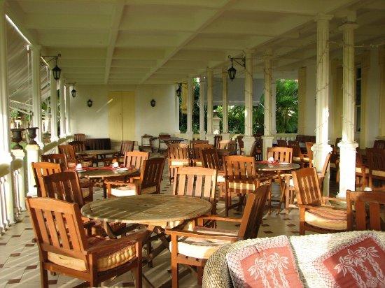 veranda area where breakfast is served so peaceful bild von le domaine saint aubin la. Black Bedroom Furniture Sets. Home Design Ideas