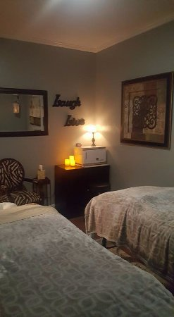 Branson West, MO: Couples Massage Room