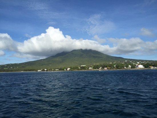 Nevis: photo0.jpg
