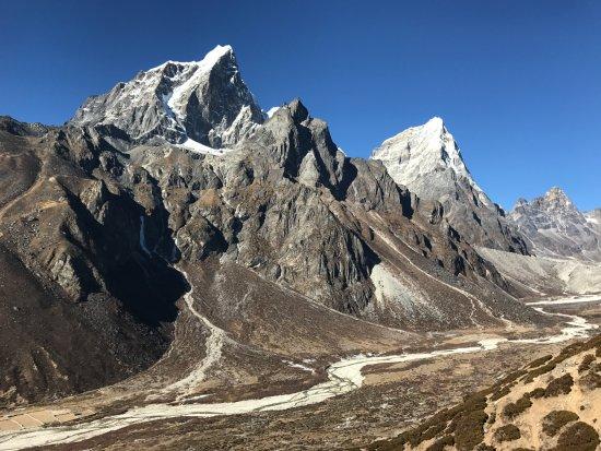 Higher And Higher Elevation Picture Of Elite Trekkers Kathmandu - Higher elevation