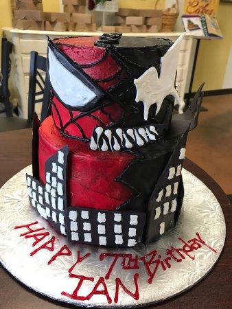 Pelham, AL: Custom Cakes