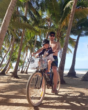Playa Grande is a 15 minute pedal from the hotel, and the bikes are free for guests. Amazing.