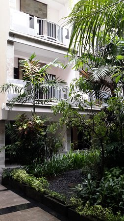 Champlung Mas Hotel Image