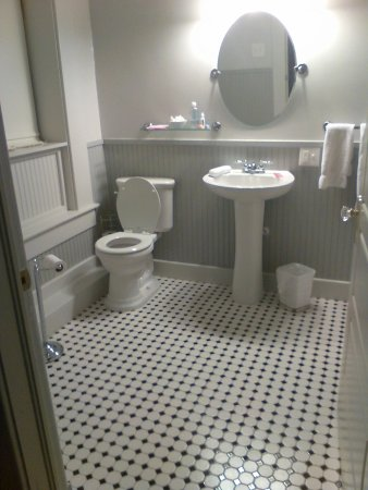 Spacious, clean bathroom.