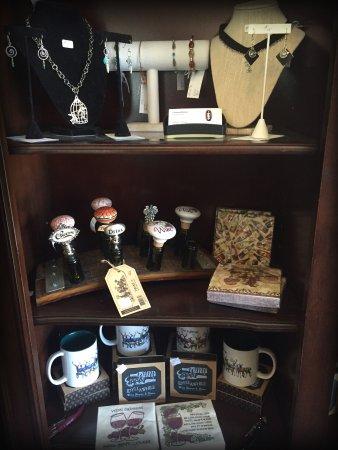 Idyllwild, CA: Jewlery, Bottle Topper or Souvenir Anyone???