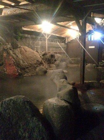 北川温泉 (黒根岩風呂)