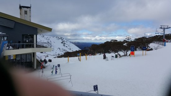 Perisher Valley, Australia: Bluecow ski tube station bars and restaurants.$$$$ be prepared to pay a bit more for the luxury.