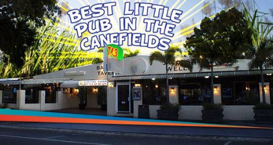 Jacobs Well, Australia: Cane Fields Pub