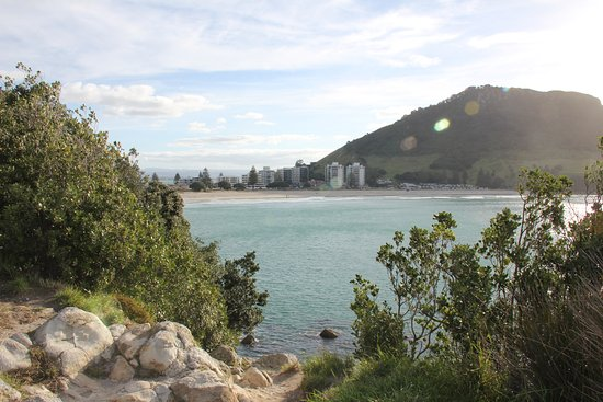 Mount Maunganui, New Zealand: Looking back from Moturiki Island towards the beach