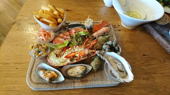 Crab & Winkle Restaurant: Seafood platter - highly recommended