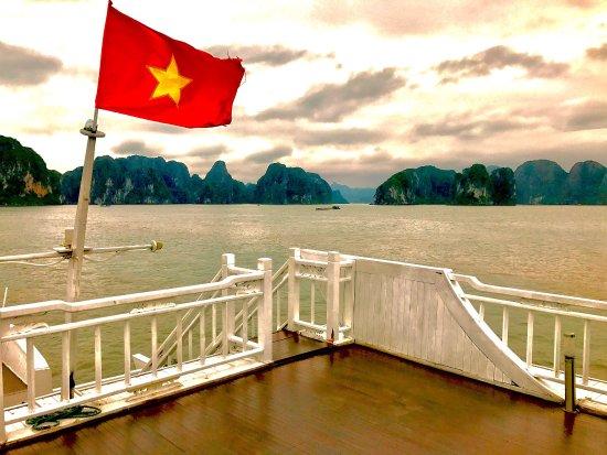 Tuan Chau Island, Wietnam: photo1.jpg