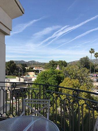 The Peninsula Beverly Hills: Mommy s overnight ahhh!