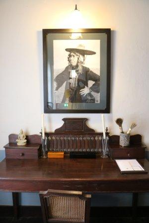 Satri House : จัดมุมโต๊ะไว้ให้ทำงานได้ด้วย