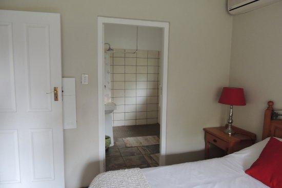 Hillcrest, Zuid-Afrika: Room 5 shower ensuite