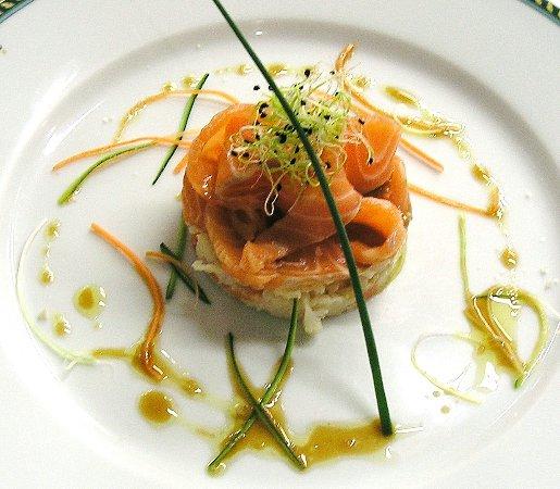 Meyreuil, Франция: Carpaccio de saumon