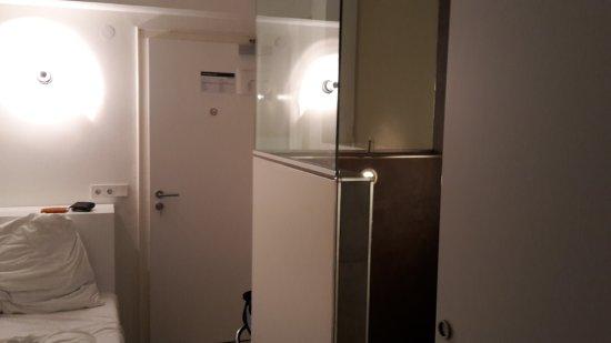 hotel mons am gotheplatz mn chov recenzie a porovnanie. Black Bedroom Furniture Sets. Home Design Ideas