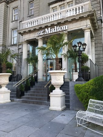 The Malton Hotel: photo1.jpg