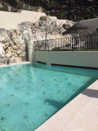 Carratraca, Hiszpania: Buiten zwembad