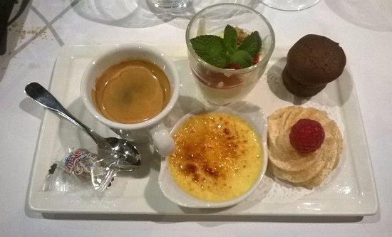 Begles, Γαλλία: dessert : café gourmand