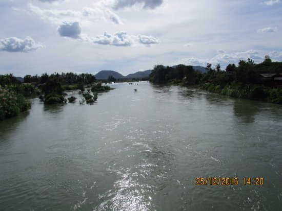 view from bridge between Don Det and Don Khone to Cambodia over 4000 Islands