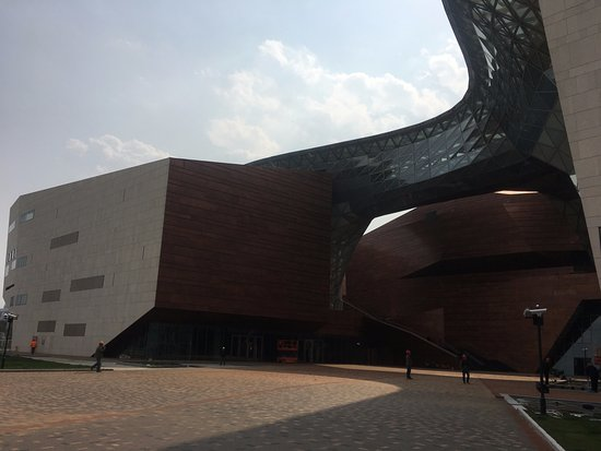 Shanghai World Expo Museum : Museum in the making?