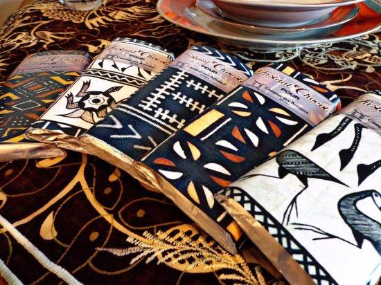 Daloa, Elfenbenskysten: De beaux articles artisanaux. Repartir avec un souvenir de cette belle cité.