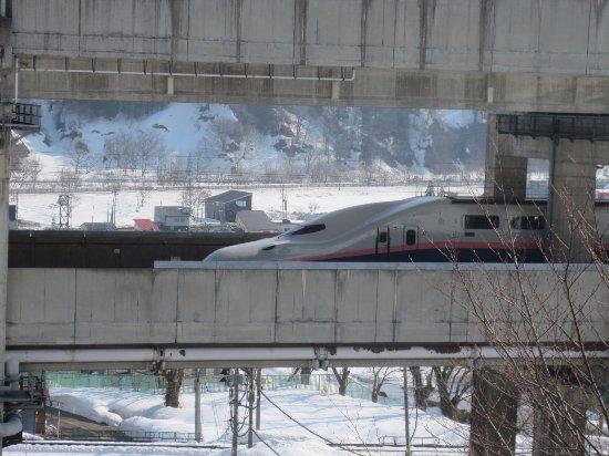 Ichikoshi : 【再訪】部屋かえ見える新幹線