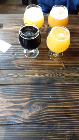West Hartford, VT: A Porter, Pale Ale, IPA, and DIPA....  My Texas sized flight on opening day!