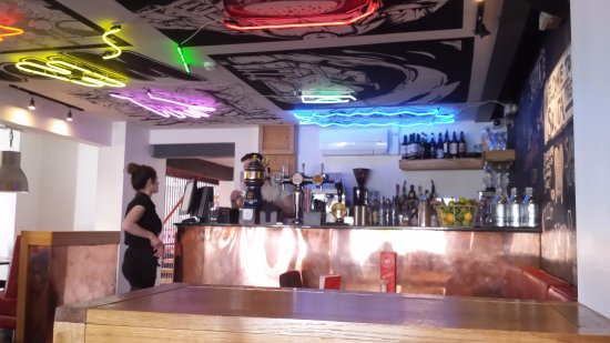 Prestwich, UK: Bar area