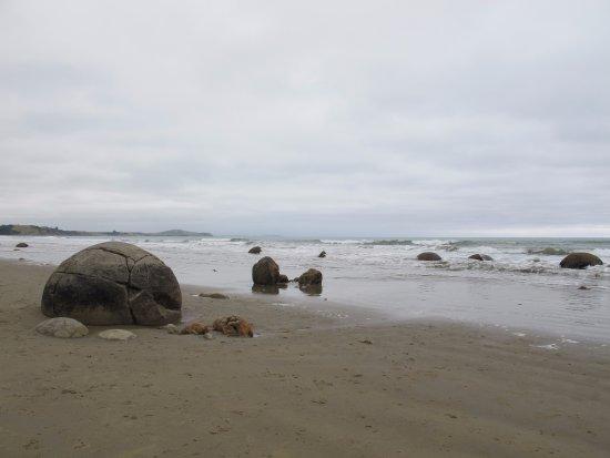 Moeraki, Nueva Zelanda: 海邊的大石頭