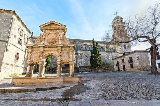 Fuente de Santa Maria : Es una auténtica acuarela esta plaza de Sta María.