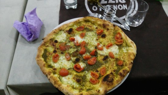 "Cercola, Ιταλία: Pizza ""Appestat"""