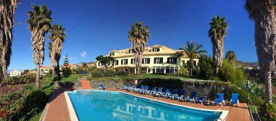 Estreito da Calheta, Portugal: Panoramafoto vom Pool auf Die Quinta Alegre