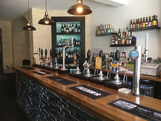 Woburn Ale house - Lovely local Craft Beer, reasonably priced Wine & Spirits  & smashing handmad