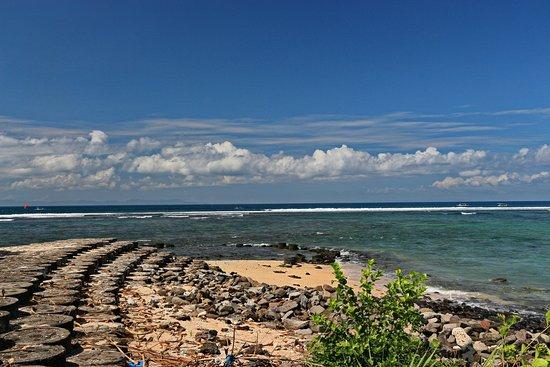 Desa Sekotong Barat, Indonesia: дорога к пляжу